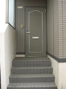 MK横江101玄関ドア.JPG